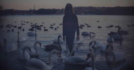 New Music: Flyinglow – Clockwork